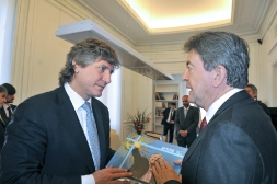 05-Avec Amado Boudou, Vice président de la Nation Argentine, au Sénat de la Nation, Buenos Aires 11 Octobre 2012